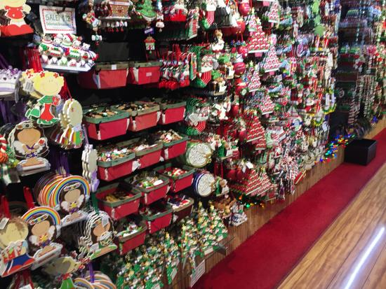 The Lahaina Christmas Store