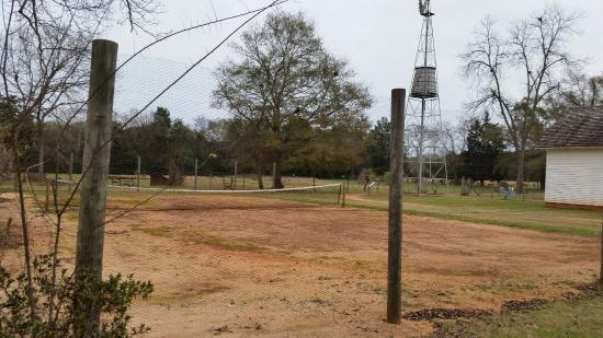 Plains, GA: Clay tennis court where Jimmy Carter learned to play tennis as a boy.