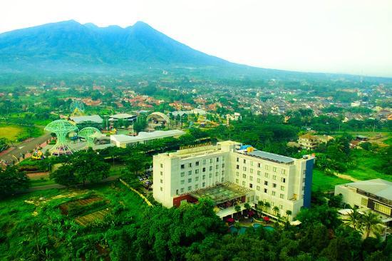 Padjadjaran Suites Hotel Bogor - room photo 4684478