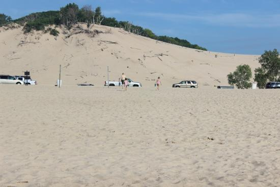 Bridgman, MI: looking back towards dunes/parking lot