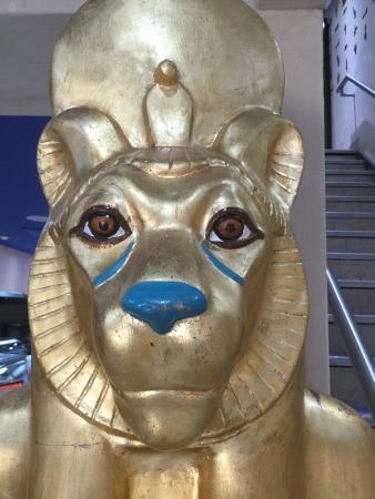 อาสโตเรีย, นิวยอร์ก: Amazing restaurant rolled into a museum felt like I'm dining with the pharaoh, Recommend