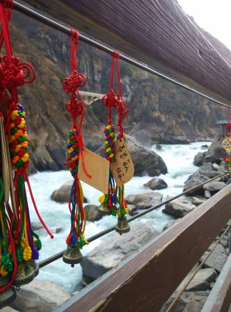 Condado de Shangri-La, China: Good luck charms.