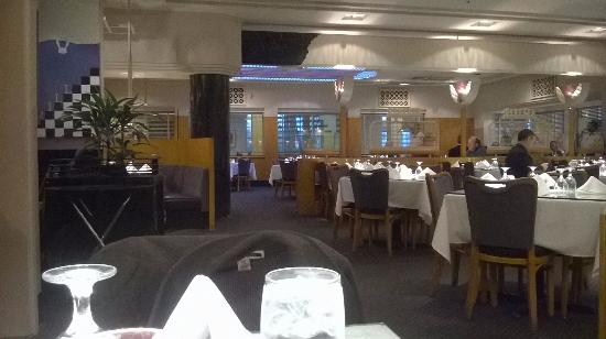 Troy, MI: Dining room