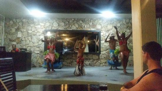 Naviti Resort: 20160206_205212_large.jpg