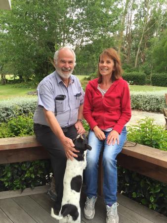 Rangiora, New Zealand: John & Rosamunde of Australia