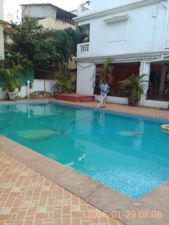 Hotel Windsor Bay: Small and clean pool.