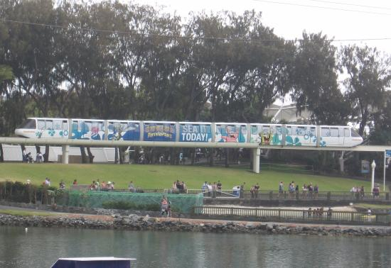 Main Beach, Australia: This is my first Monorail ride at Seaworld on Saturday October 12, 2013 (a day after Movie World