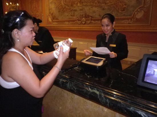 The Venetian Macao Resort Hotel: checking in