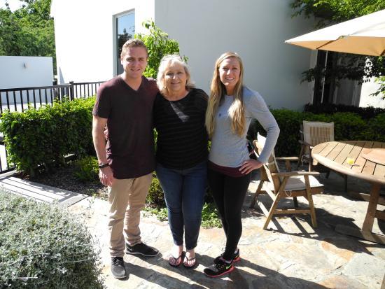 Rangiora, New Zealand: Lisa, Gerrit & Laura. Sydney/ LA