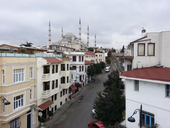 Hippodrome Hotel: breakfast with a view