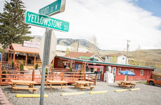 Gardiner, MT: Take me to Yellowstone