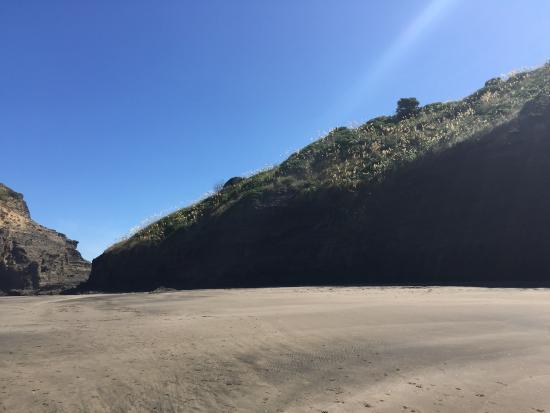 Piha, نيوزيلندا: beach