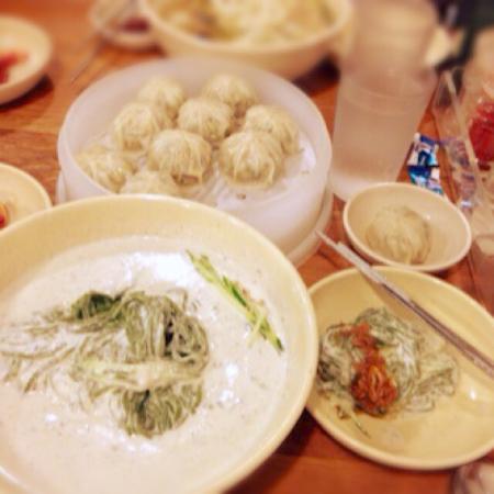Myeongdong Kyoja Main Restaurant : photo0.jpg