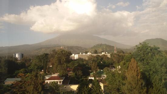 Palace Hotel Arusha: View of Mt. Meru from my room
