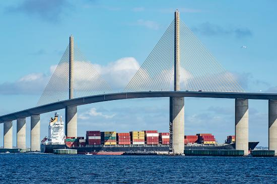 Royal caribbean 39 s brilliance of the seas going under for Sunshine skyway fishing pier