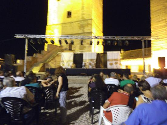 Orce, Hiszpania: Una noche de teatro en la Alcazaba de las Siete Torres