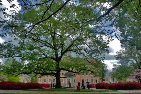 ชาเปลฮิลล์, นอร์ทแคโรไลนา: University of North Carolina, Chapel Hill.