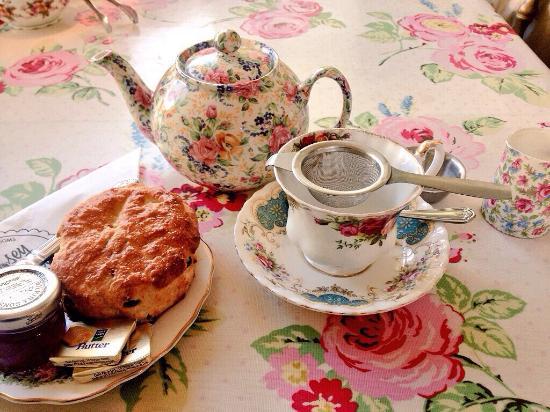 Bishops Stortford, UK: Excellent tea & scone!
