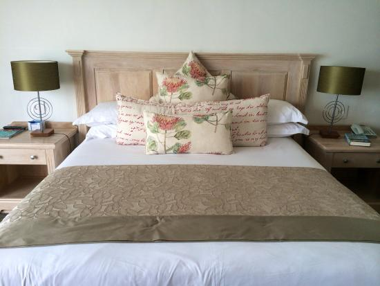 Arniston, Republika Południowej Afryki: Kingsize bed in suite