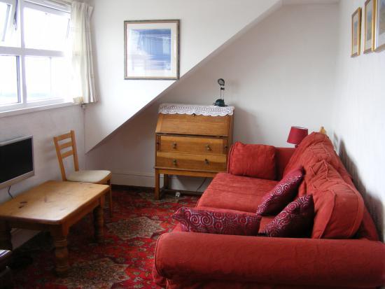 Newlyn, UK: Top Flat Living Room