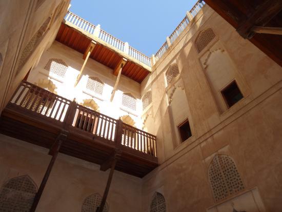 Jabrin Fort: der Innenhof