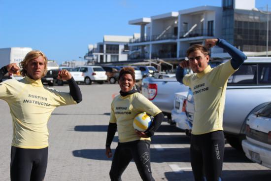 Bloubergstrand, Güney Afrika: cape town surf school