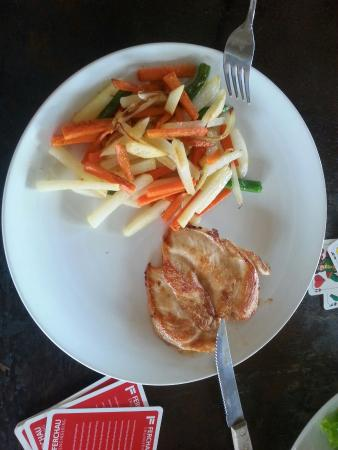 "Casa Asia: To call some oily potatoes and carrots and this small peace of chicken ""grilled chicken with roa"