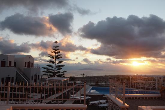 Dream Island Hotel : view from hotel room door