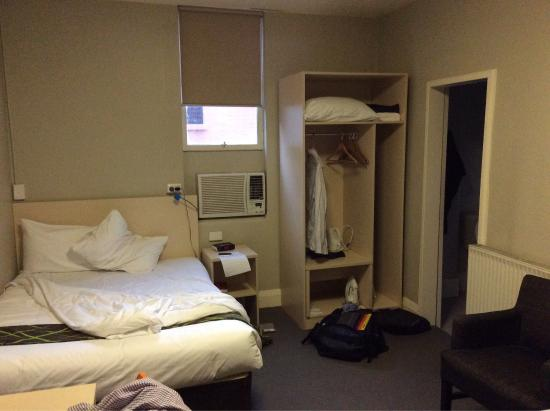 ibis Styles Kingsgate Hotel: photo0.jpg
