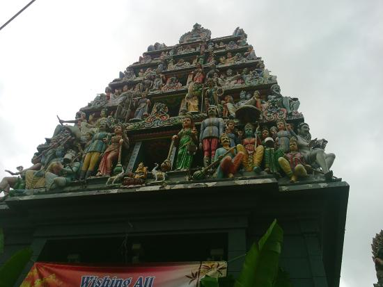 """sri mariamman temple visit Let's visit one of fascinated bangkok temples on silom road, near our everyday bangkok hostel locals here call it """"wat khaek"""" or mariamman temple."""