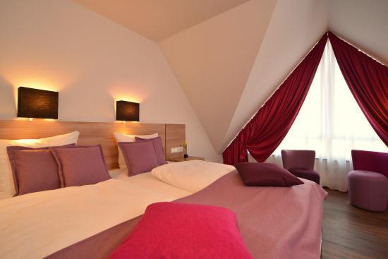 Hotels In Nieder Olm Deutschland
