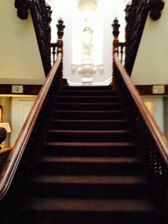 Macclesfield, UK: Staircase to rooms from reception