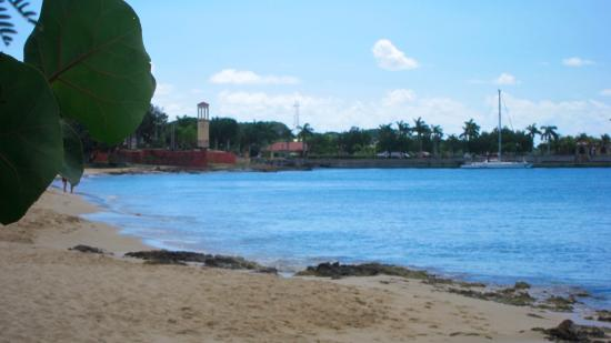 Frederiksted, St. Croix: Fort Frederik Beach