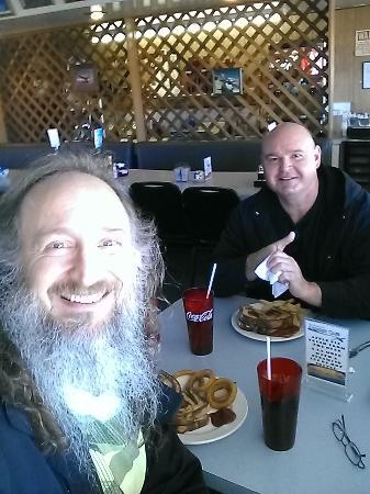 Kingman, AZ: Happy Travelers!