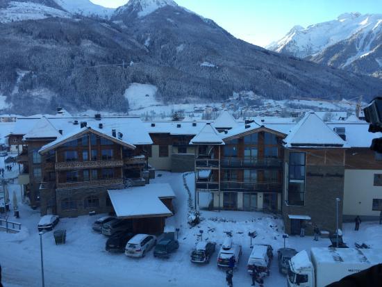 Bramberg am Wildkogel, Austria: Resort from the ski lift
