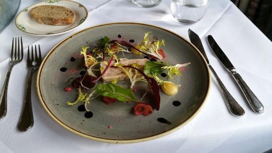 Bradford-on-Avon, UK: Started - Chicken, Ham Hock & Leak Terrine with quince puree