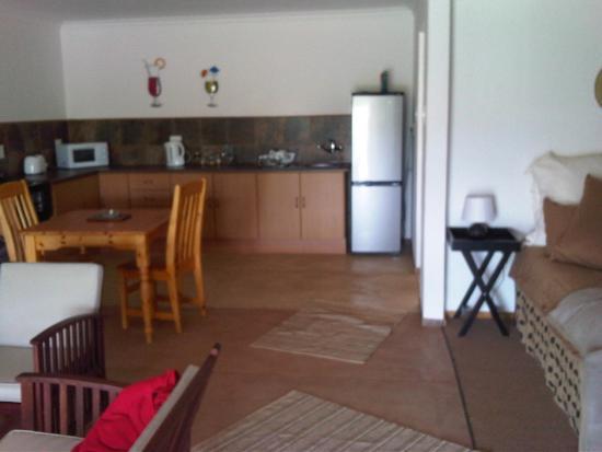 Fouriesburg, Afrika Selatan: Open-plan view of Farmhouse Apartment 3
