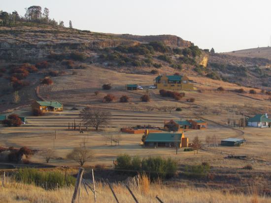 Fouriesburg, Sydafrika: Winter view towards guest farm