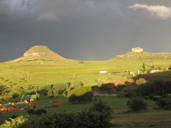 Fouriesburg, Sydafrika: Sunset after rain storm