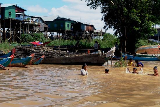 Siem Reap Province, Cambodja: Poblado flotante, provincia de Siem Reap (Camboya)