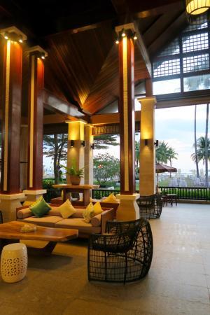 Apsara Beachfront Resort and Villa: reception