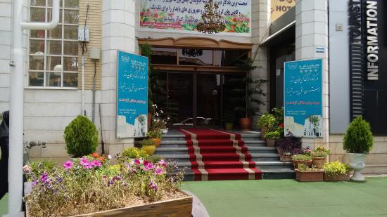 Shiraz International Parseh Hotel: Aussen