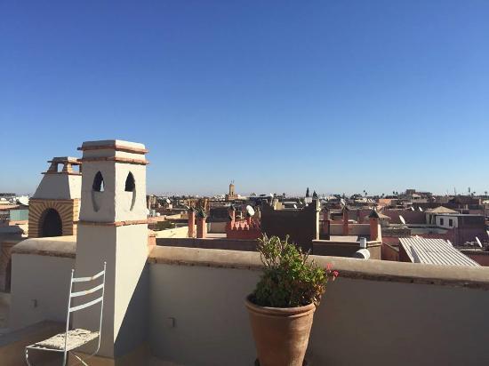Riad Al Assala Medina : Roof top terrace view