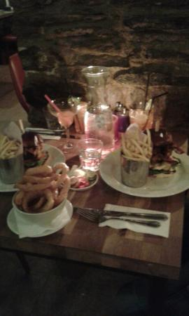 Launceston, UK: Latest burgers, sides and scrummy cocktails!