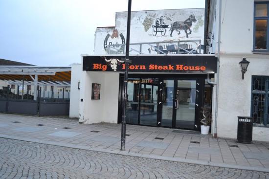 Big Horn Steak House ligger nær det nye kulturhuset i Hamar sentrum.