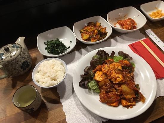 Photo of Asian Restaurant Yoo at Stumpergasse 27, Vienna 1060, Austria