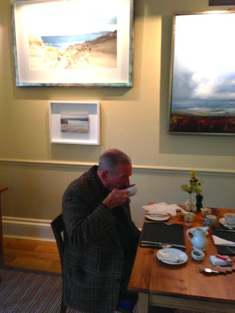 Bridgend, UK : Enjoying finest cooked Islay breakfast