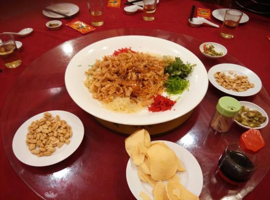 Lucky Seafood Restaurant : Yee Sang