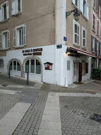 Voiron, Francia: TA_IMG_20160209_142307_large.jpg