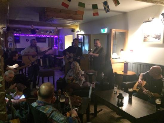 Drymen, UK: Fantastic live music